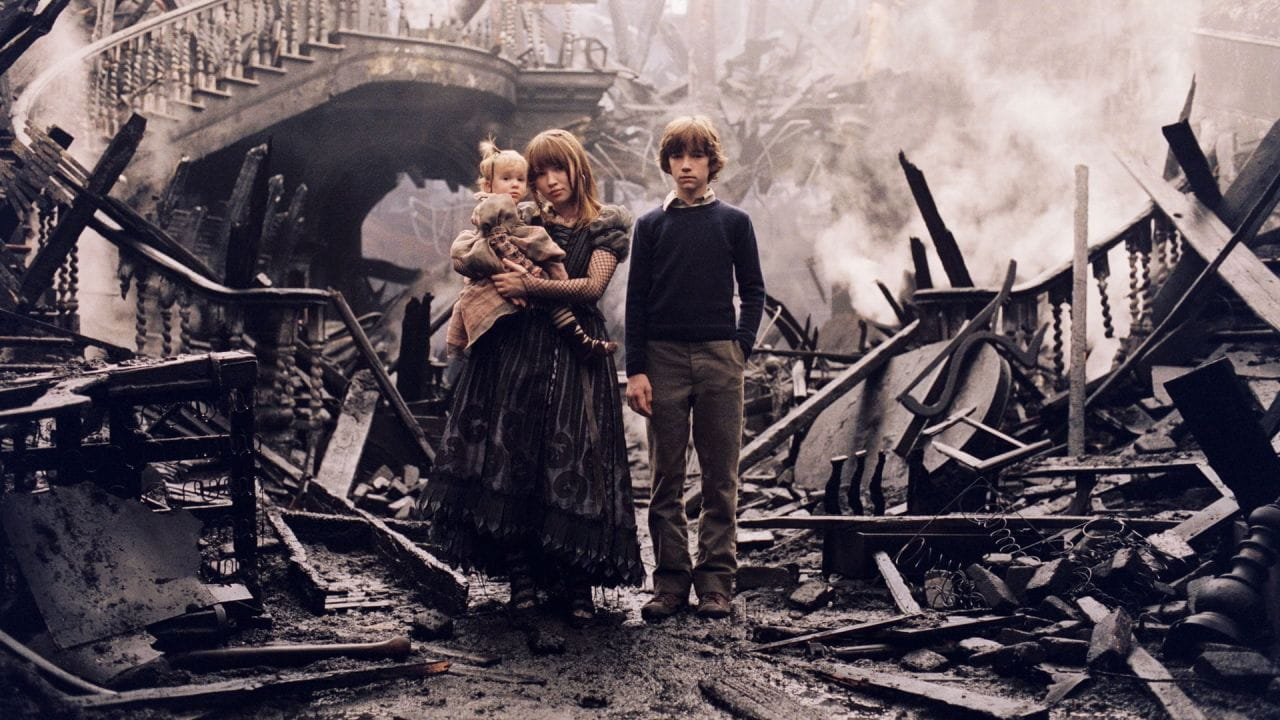 Lemony Snicket's A Series of Unfortunate Events watch online